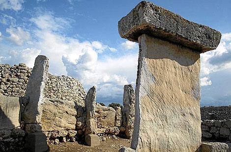 Taulas de Menorca