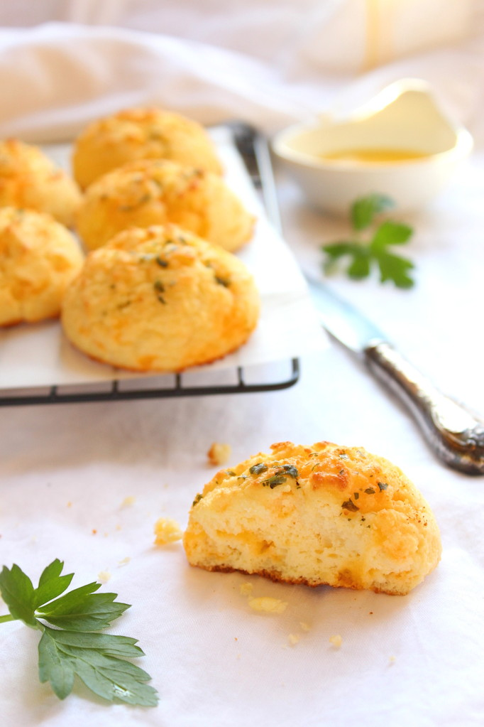 Cheese and Garlic Cream Biscuits