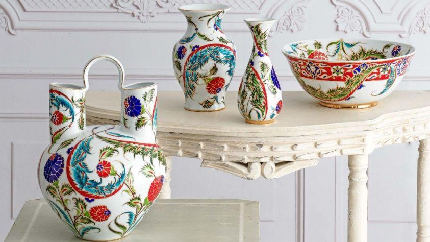 Güral porselen el dekoru