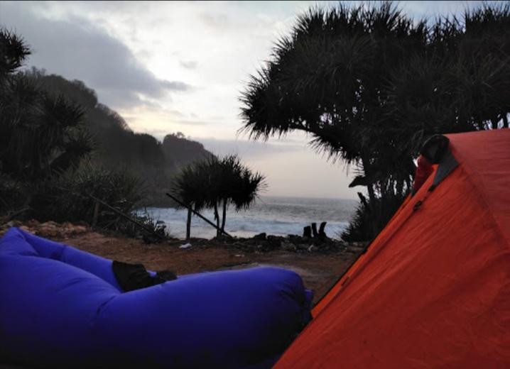 camping di pantai krokoh gunung kidul