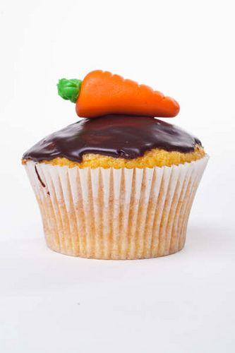 Páscoa: Cupcake de cenoura com cobertura de chocolate