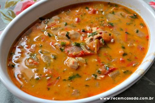 Receita de moqueca de frango do site www.cintiacosta.com