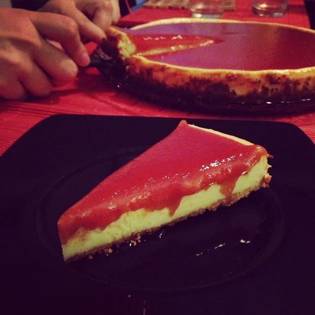 Receita de cheesecake  com calda de goiabada