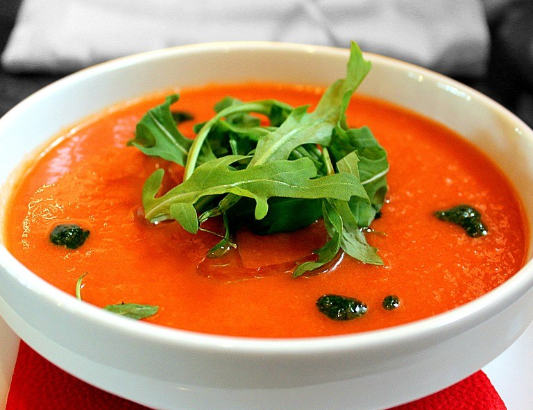 Receita de gaspacho: sopa fria de tomate com pepino