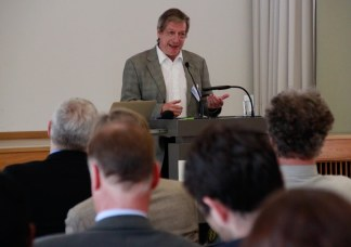 "Dr. Harry Lehmann, General Director of Division I ""Environmental Planning and Sustainability Strategies"", German Environment Agency, sharing the perspective of UBA (Photo: Harald Schluttig, weissraum)"