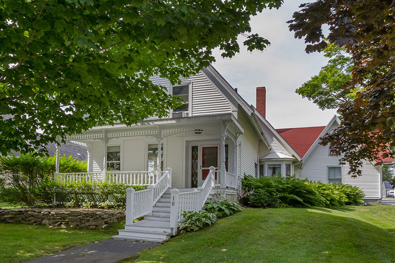 1850 Cottage In Searsport Maine