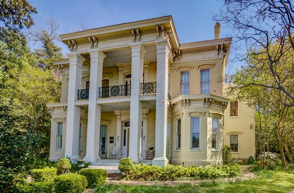 1877 Floweree Italianate Mansion In Vicksburg Mississippi