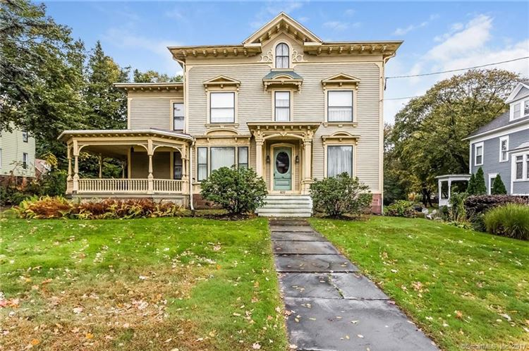1850 Italianate In Meriden Connecticut