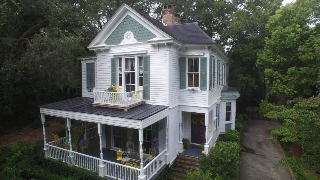 1897 Victorian In Summerville South Carolina