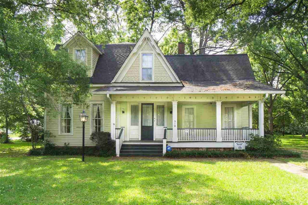 1870 Stokes House Victorian Farmhouse In Terry Mississippi