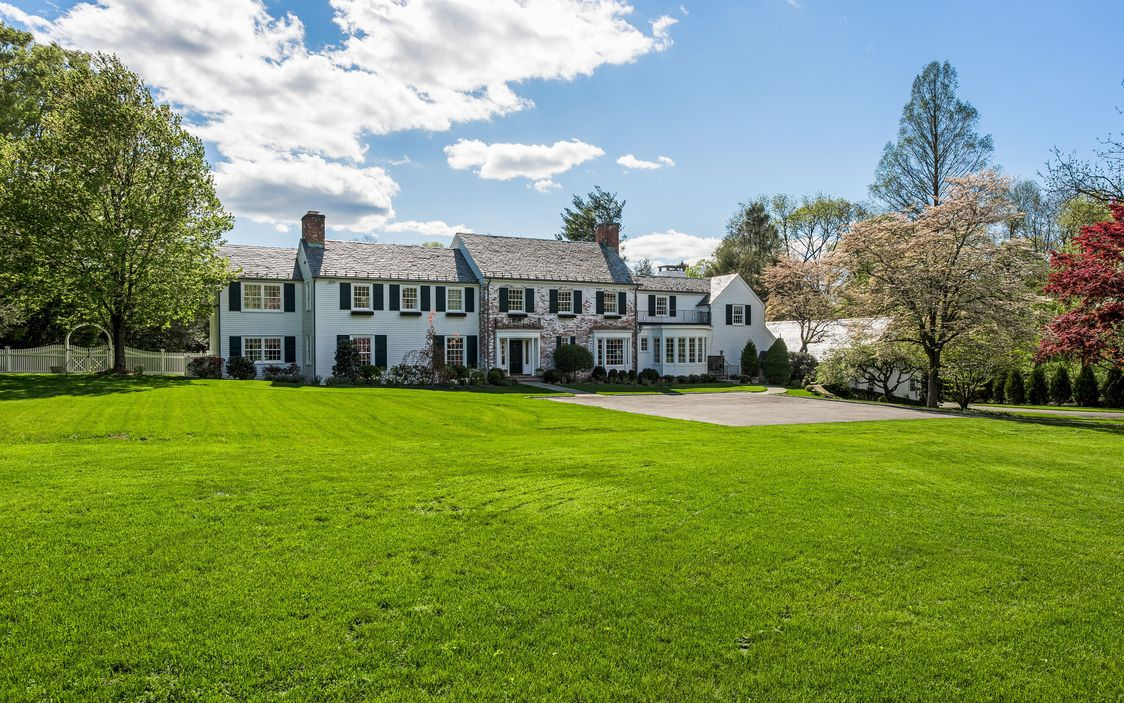 1939 Colonial In Greenwich Connecticut