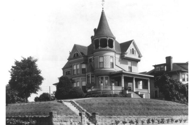 Oregon 1892 Queen Anne Victorian