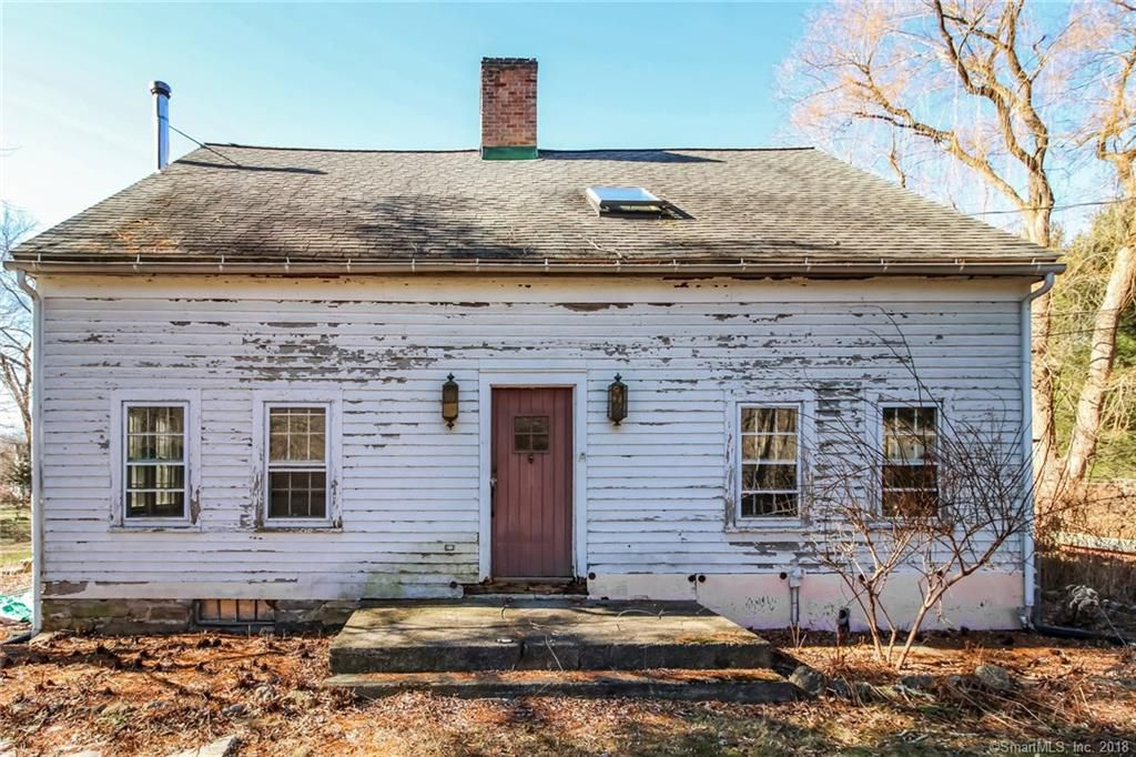 1740 Pre-Revolutionary Historic Colonial In Gaylordsville Connecticut