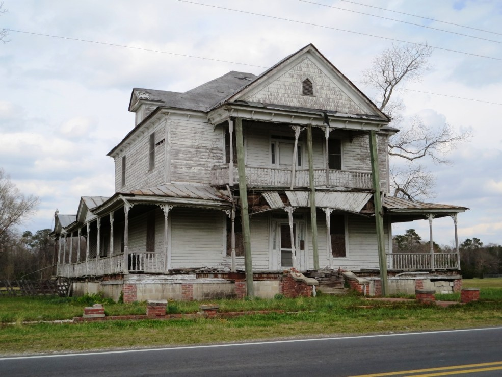 The Barnett Carr House For Sale In Wallace North Carolina