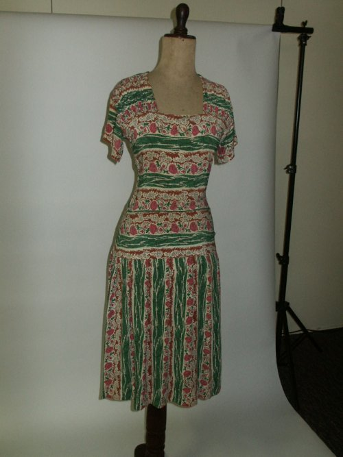 30s pink green frock