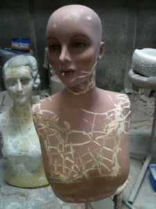 Dating a damaged mannequins