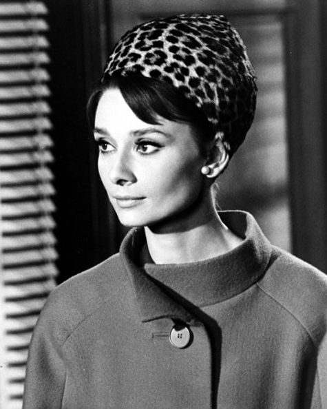 Audrey-Charade1963_-400x500