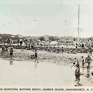 #5504 Harbor Island Bathing Beach, Mamaroneck 1934