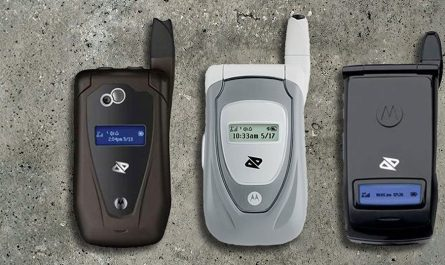 Boost-mobile-chirp-phones