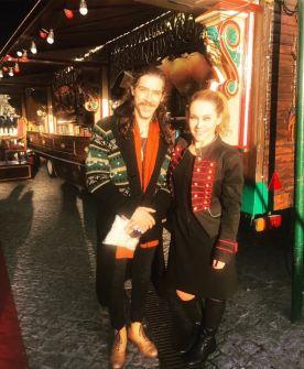 El actor Oscar Jaenada en su visita al Circo Raluy
