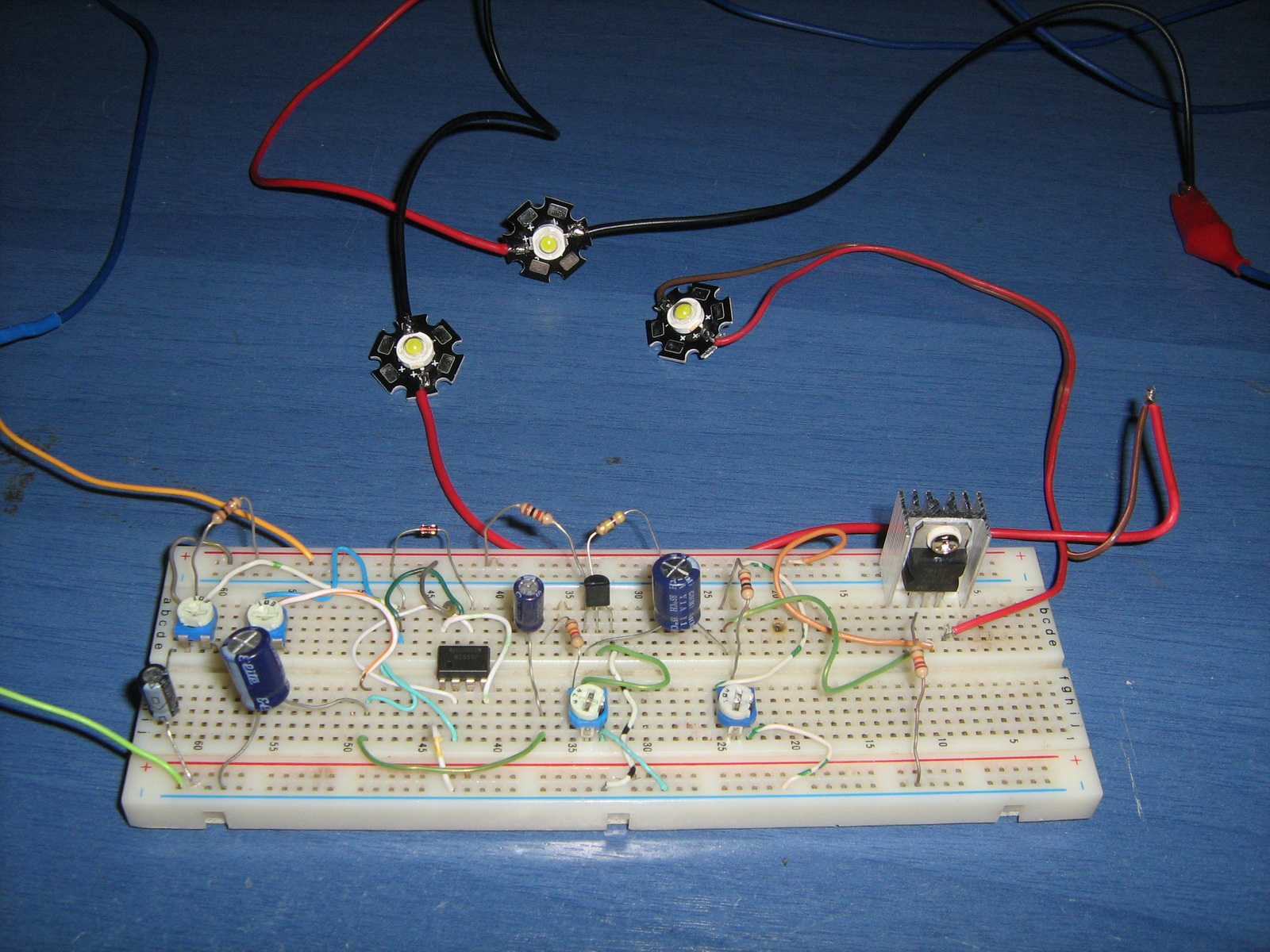 hight resolution of 555 led pulsing breathing circuit