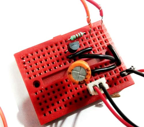 simple preamplifier circuit for mobile aux output
