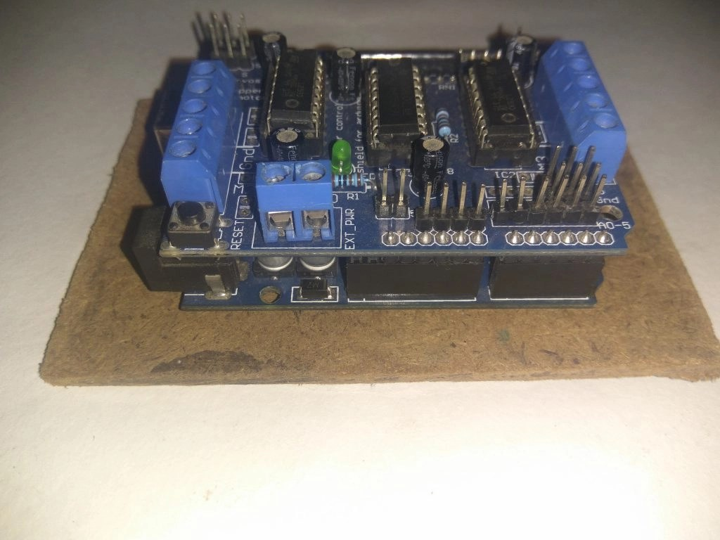 Making of a Simple Line Follower Robot with Arduino step 6