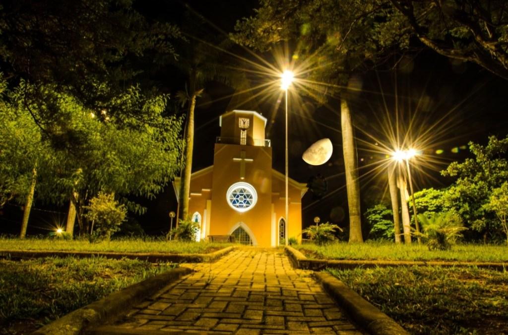 Igrejas de Minas – a história da Matriz de Capim Branco erguida a muitas mãos