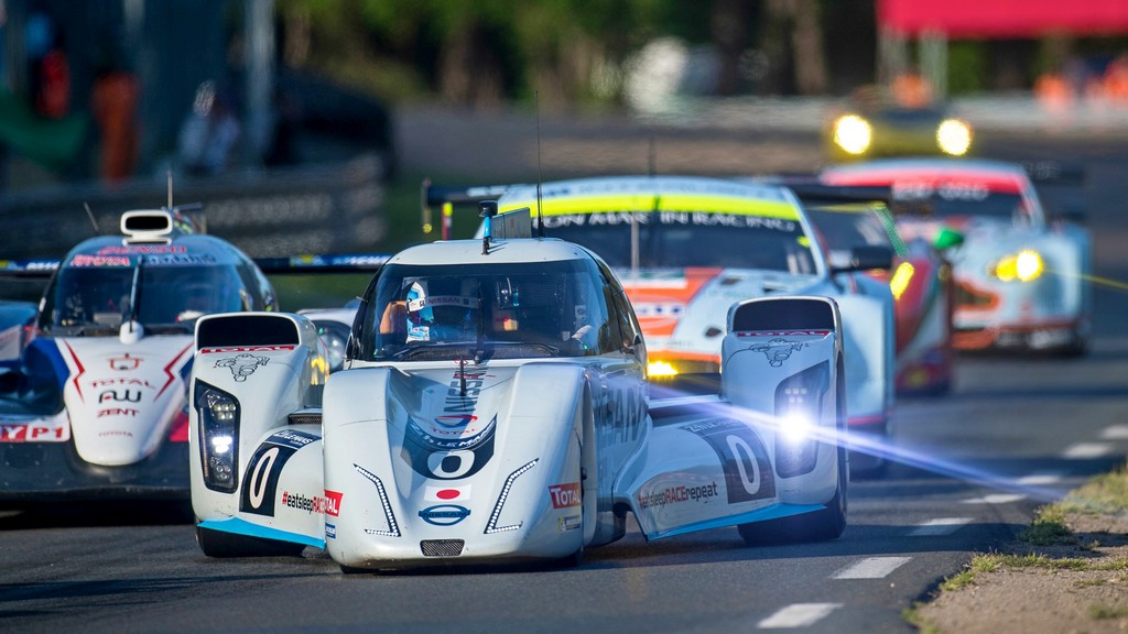 Le Mans: Nissan Zeod RC hits 300km on Mulsanne straight under electric power
