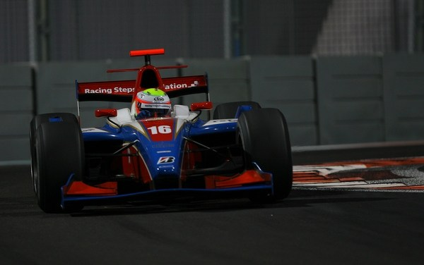 Oliver Turvey commands GP2 Asia in Abu Dhabi