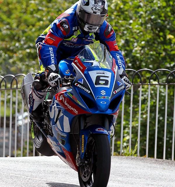 Isle of Man TT: Dunlop the Conqueror