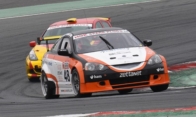 Dubai: ZRT Motorsport take class win in NGK Three hour endurance race at the Dubai Autodrome