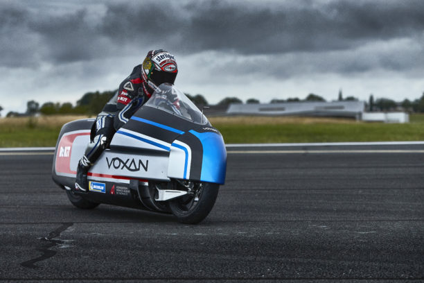 Electric: Max Biaggi and Voxan attempt to break 12 world speed records this weekend in France