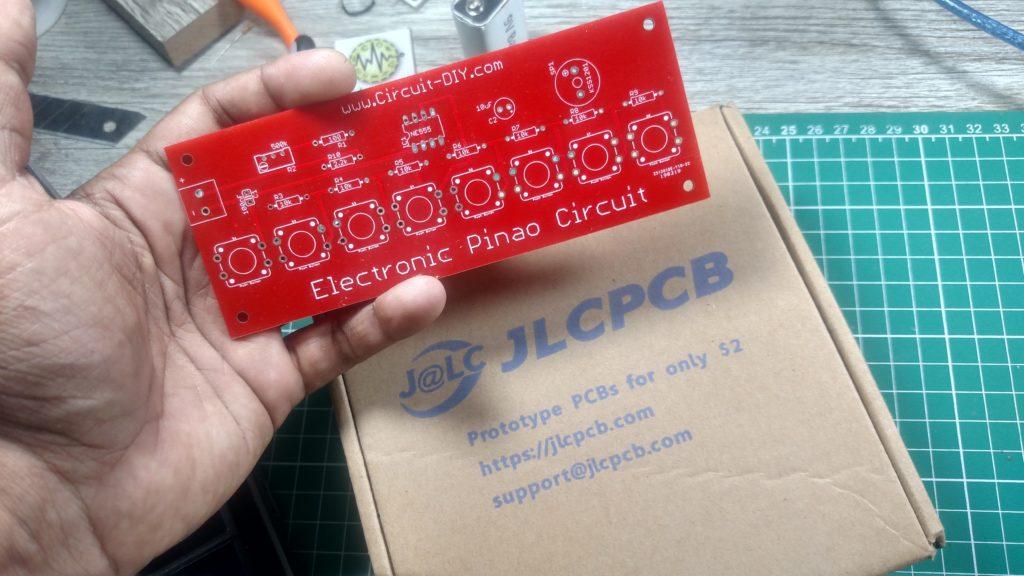 555 Timer Ic 555 Datasheet Ne555 Pin Diagram Engineersgarage