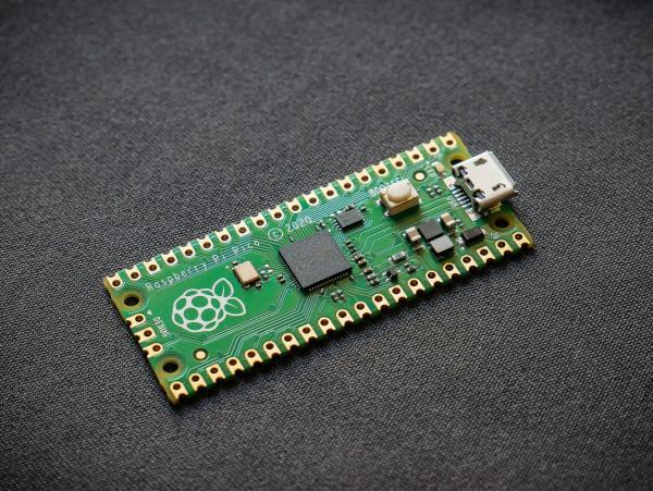 Raspberry-Pi-Pico-RP2040-Microcontroller-Development-Board-Vishnu-Mohanan-2500px-1