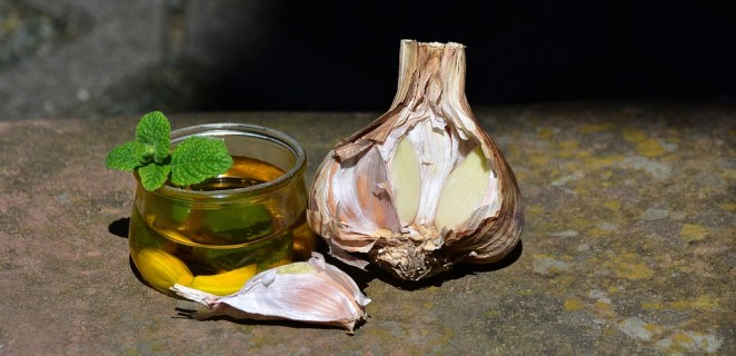 Clove Oil to get rid of gas problems