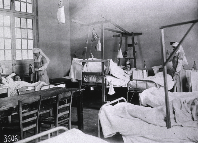 Interior ward of Red Cross Hospital No. 1. National Library of Medicine #a011420