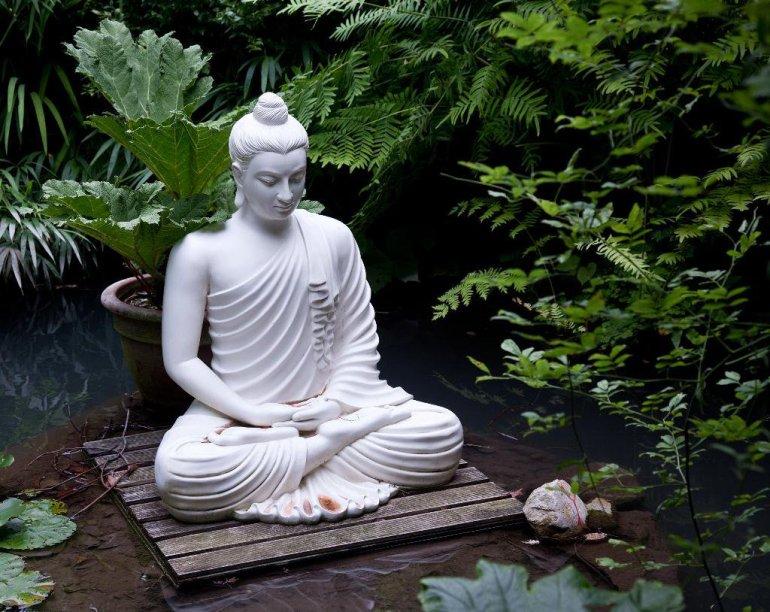 budistas-e-a-meditacao-tradicao-de-paz-e-reflexao-20170803121702