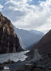 In a remote valley of the Pamir mountains we are on our way to a little mountain village.