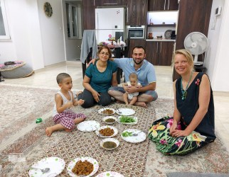 The good news is in! Now we just need to hurry and prepare for Turkmenistan. Our money is finished and Iran doesn't have any ways to use your credit or debit card... This family helped with the last preperations.