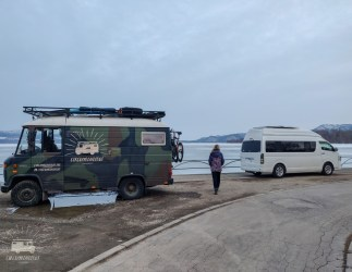 The next day another campervan arrives. Before we know it we are invited for a drink and meal in his van.