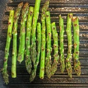 chragrilled asparagus