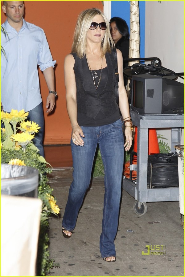 Jennifer Aniston Black Jeans