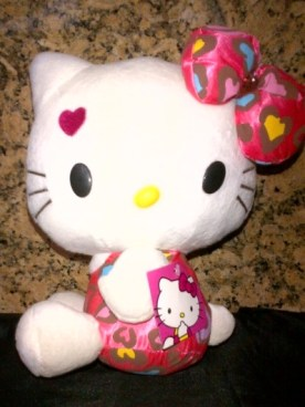 Boneka Hello Kitty Love