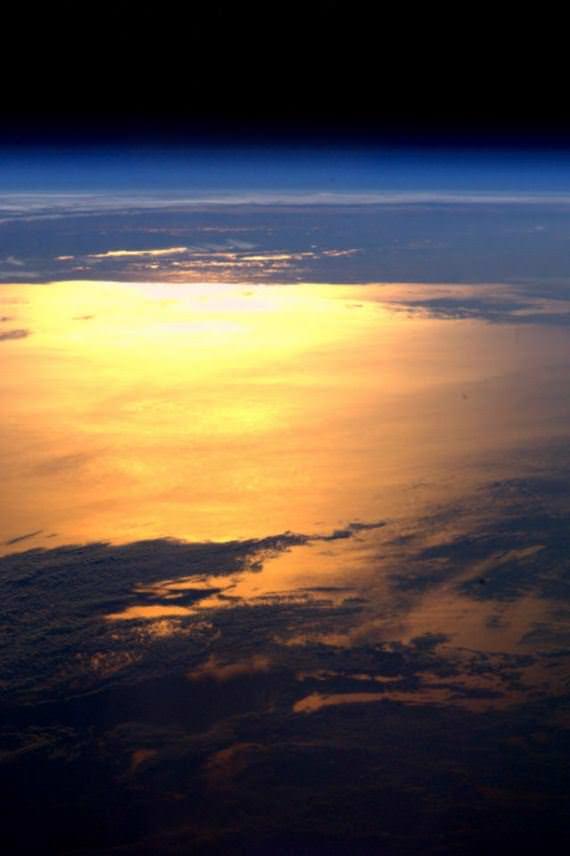 Gambar Bumi yang Sangat Cantik dan Menakjubkan Diambil