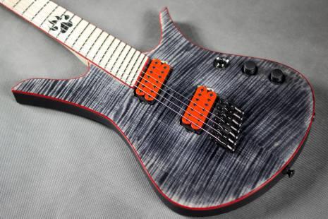 źródło: fb.com/blackatguitars
