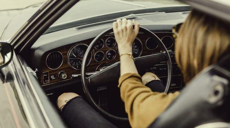 Stuur auto (CC0 - Pixabay - Pexels)