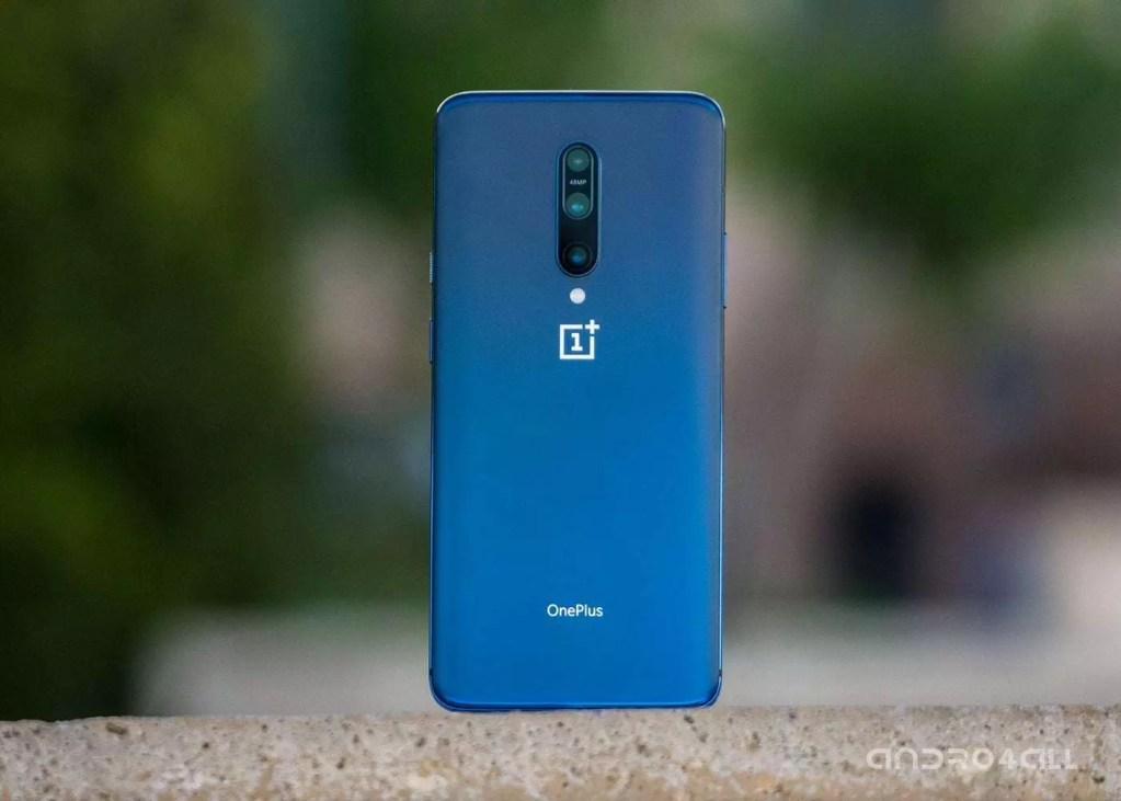 Imagen de Móvil One Plus 7 Pro en azul uno de los mejores móviles de 2019