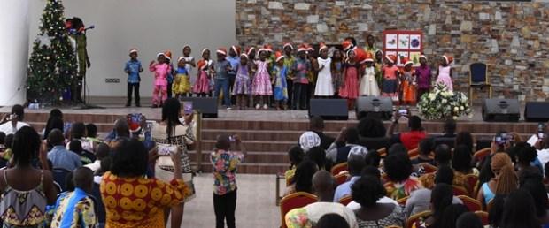 harvest-chapel-international-christmas-service-under-the-banner-of-the-children-team-jpg26497