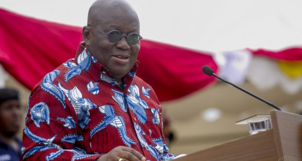 president-akufo-addo-addressing-residents-of-ekumfi